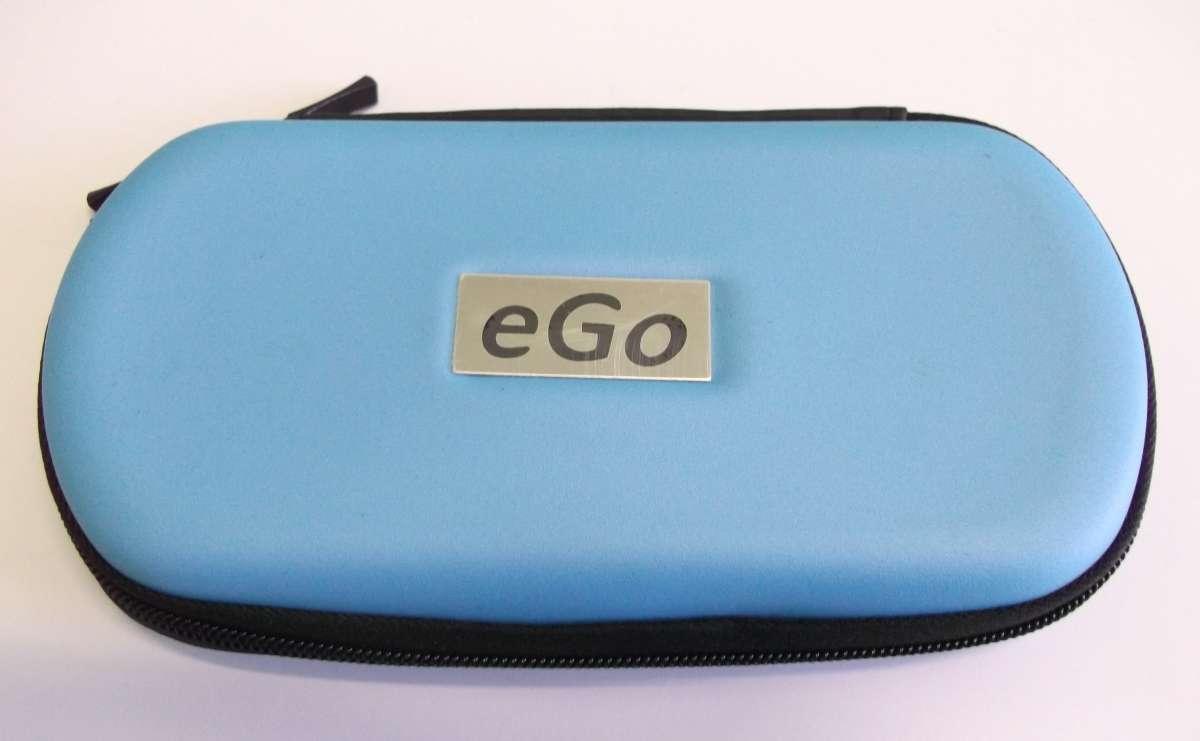 Modré cestovní plastové pouzdro eGo k elektronické cigaretě