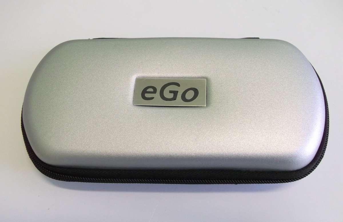 Stříbrné Cestovní plastové pouzdro eGo k elektronické cigaretě