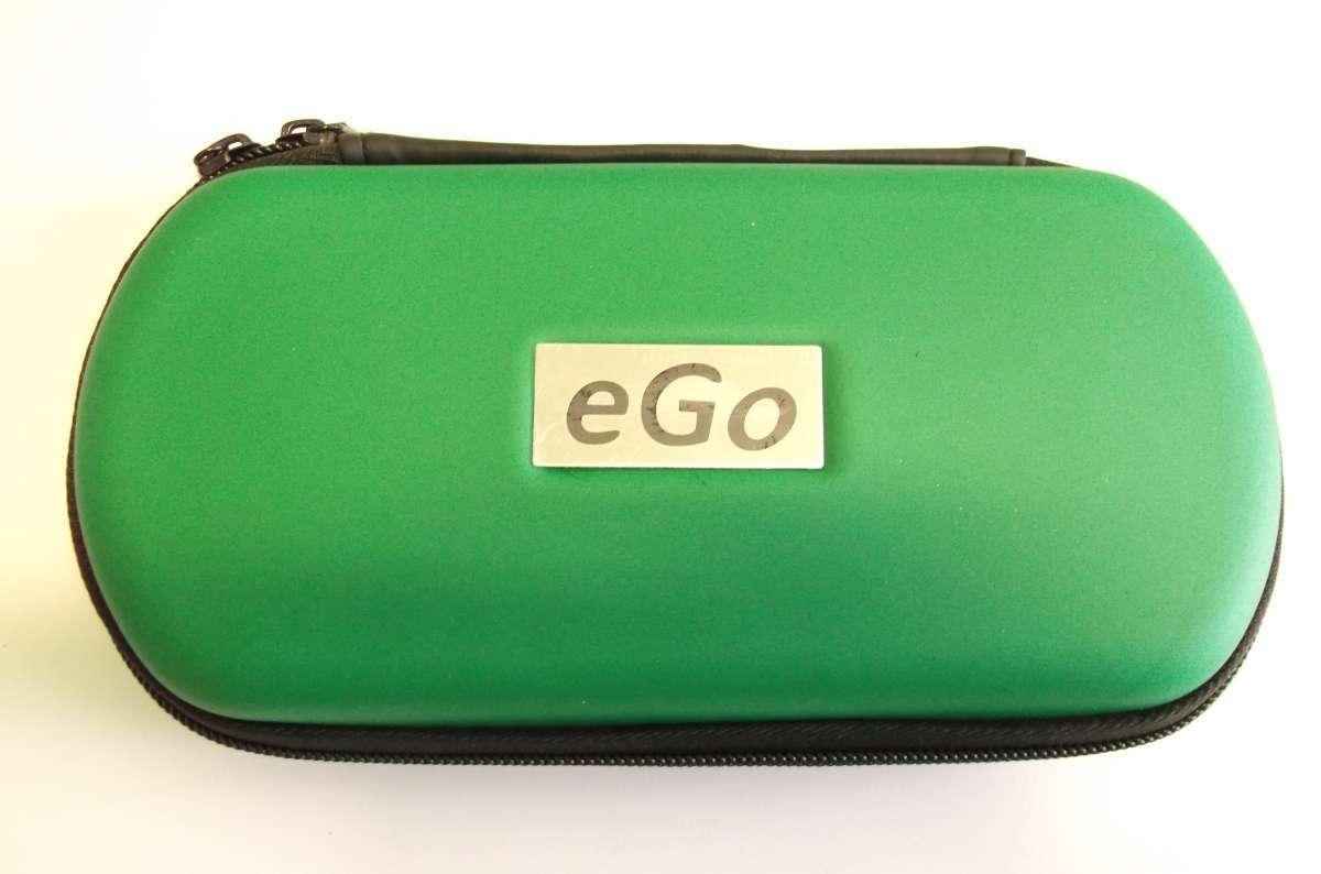Zelené cestovní plastové pouzdro eGo k elektronické cigaretě